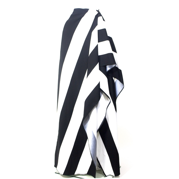Bold stripe triangle drape skirt
